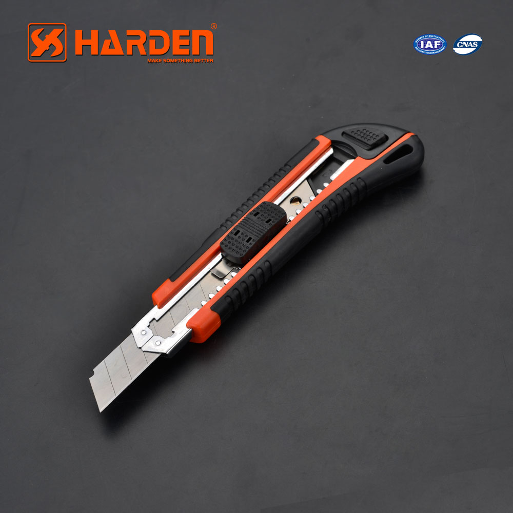 Hot Selling High Quality Low Price Plastic Cutting Tools Metal Holder 3Pcs Blade Pocket Knife