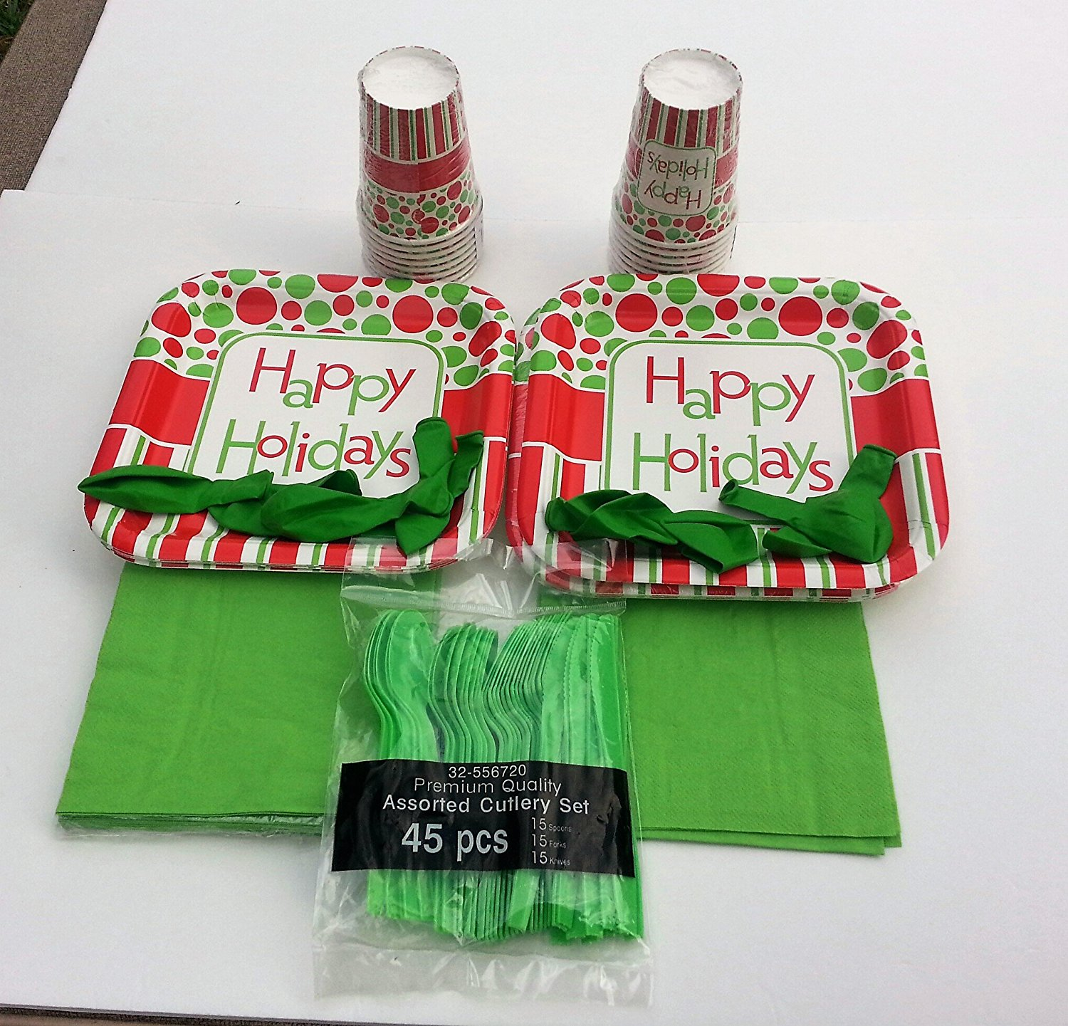 Christmas or Happy Holiday Party Supply Plates and Dinnerware Pack (green napkins)