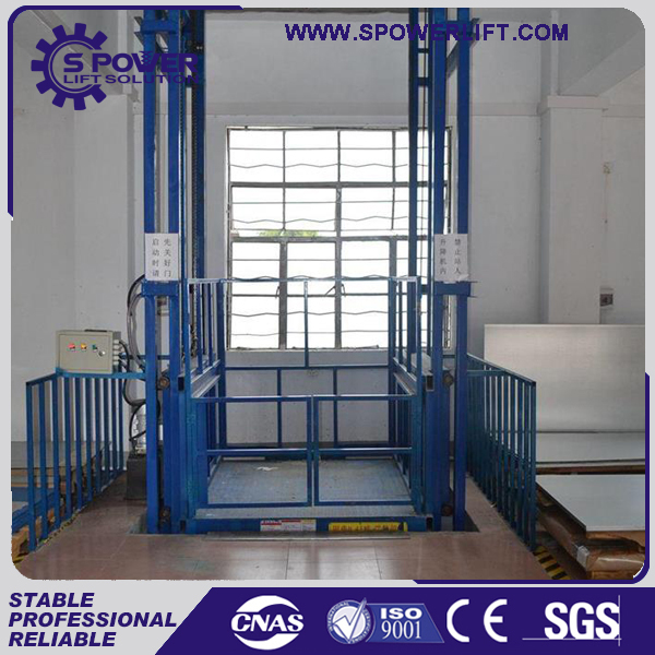 Hydraulic guide rail 4M wall mounted cargo elevator