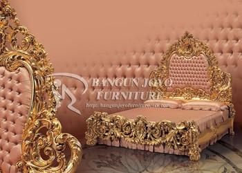 King Royal Carved Bed Furniture Wood Royal Bed With Gold Leaf BJ RVS12