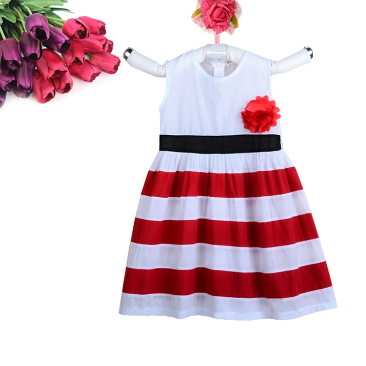 Old Navy provides the definitive selection of red white and blue clothing complete with the latest looks and colors. Find red white and blue clothing in a plethora of designs that are made for a comfortable fit with that sleek look you can't resist.