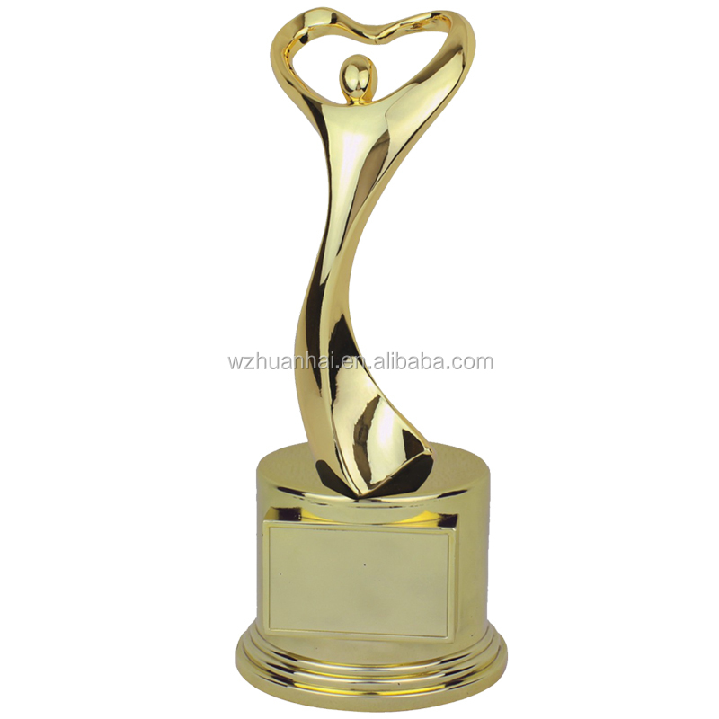 wholesale metal gold sport trophy cup made in china