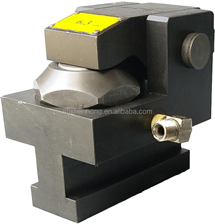 hydraulic clamp for fixture used in quick die/mold change system for stamping and press machine