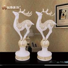 European Fashion Style Resin Standing Deer Statue Shinning gift for lovers Resin Craft