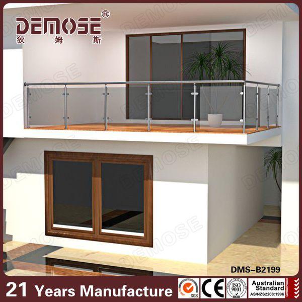villa edelstahl balkon geh rtetem glas gel nder design. Black Bedroom Furniture Sets. Home Design Ideas