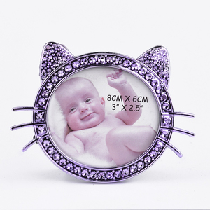 YunDe wholesale latest 8*6 design cat shape baby photo frame picture