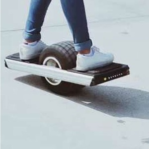 New Electric One Wheel Balancing Off-road Skateboard/One wheel future foot  hoverboard