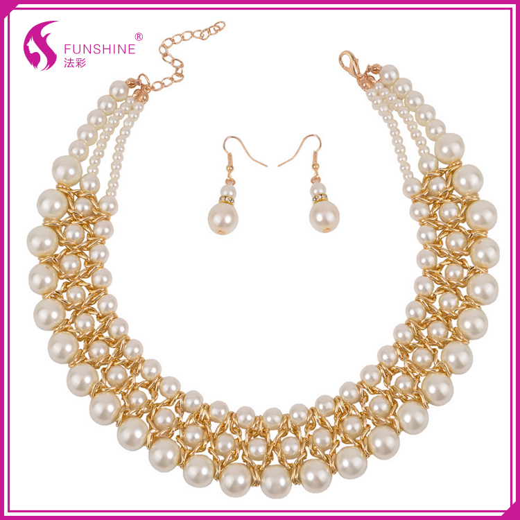 2016 New Design Good Looking Wholesale 18K Fashion Crystal Statement Necklace