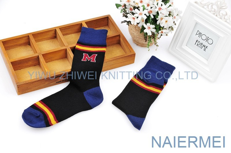 Wholesale Cheap Cotton Custom School Uniform Socks