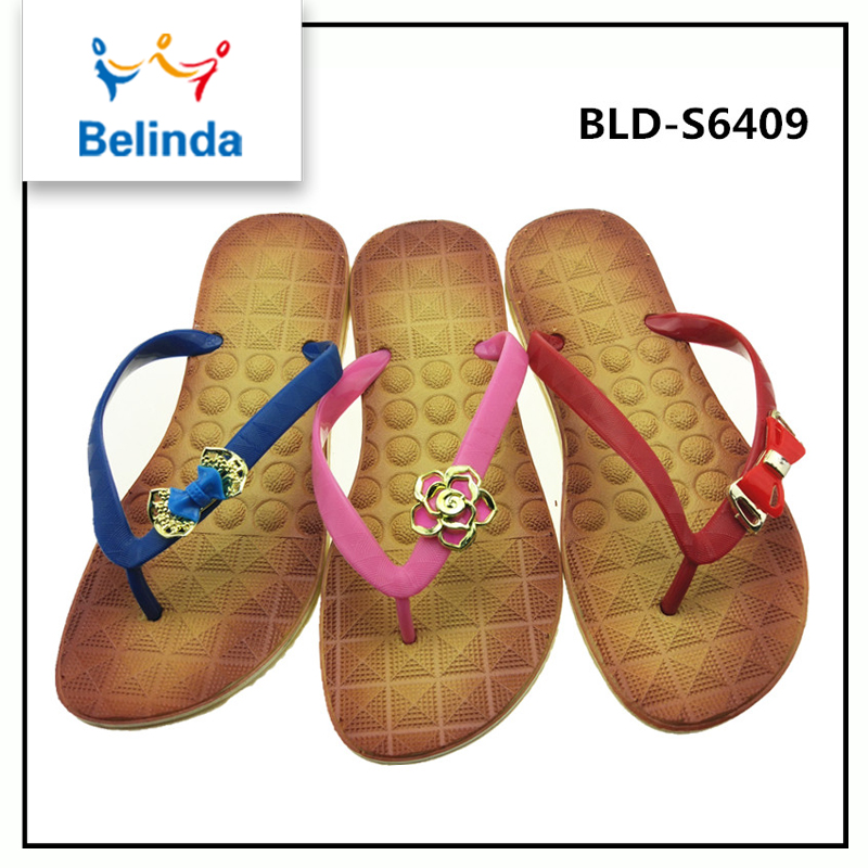 China factory new style flat ladies chappal design with best price