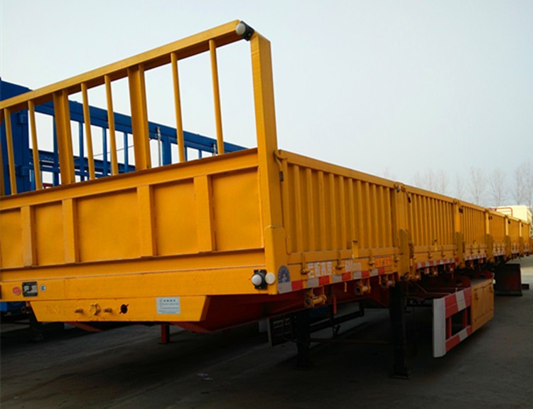 Factory support leg 3 axle sidewall semi trailers for sale in China