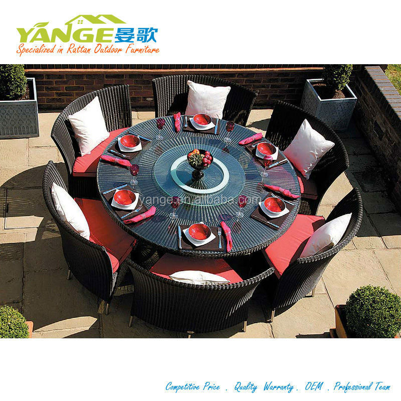 Round Dining Table With Rotating Gl Centre And Chair