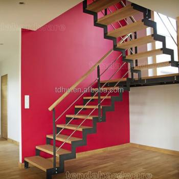 forma de u escaleras con doble columna vertebral y roble pasos