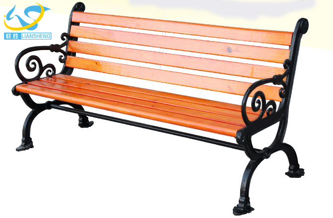 Hot selling metal feet wooden relaxing outdoor garden chair