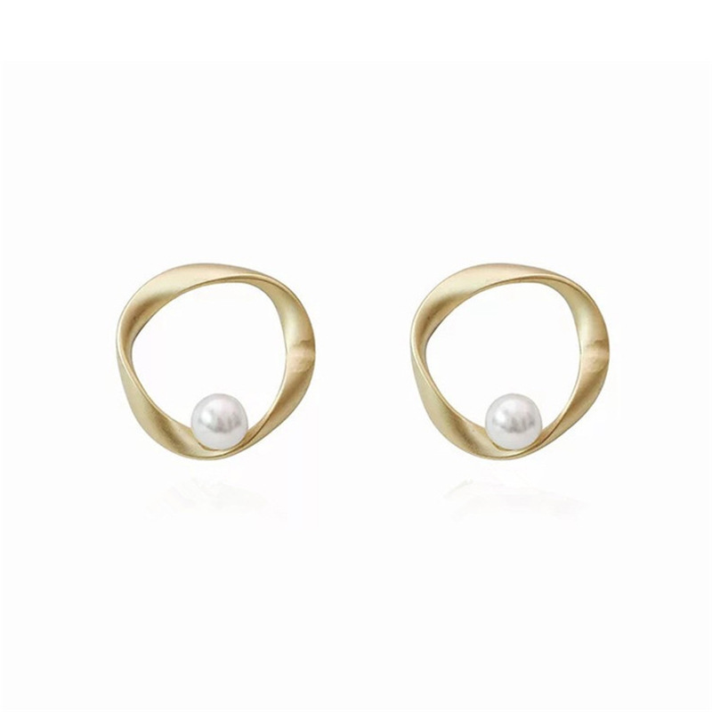 <strong>Pearl</strong> <strong>Stud</strong> <strong>Earrings</strong> for Women <strong>Pearl</strong> <strong>Earrings</strong> for Girls for Party <strong>Studs</strong> Daily Wearing