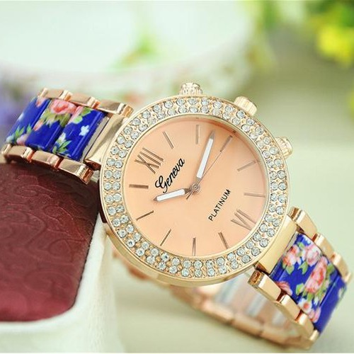 New Stainless Steel Geneva Watch Beautiful rose Flowers Dial Women Vintage Floral Print Watch