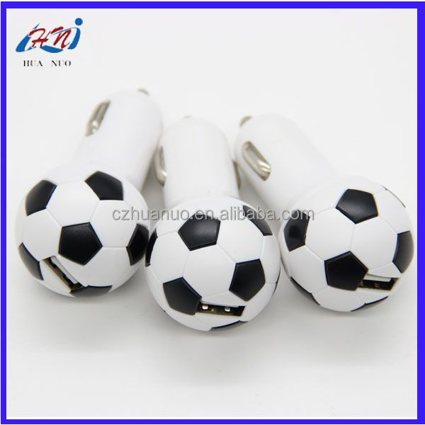 Sepak Bola Single USB Charger Mobil