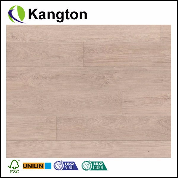 Classic Bleached White Oak Planks 8 mm AC3 Laminate Floors