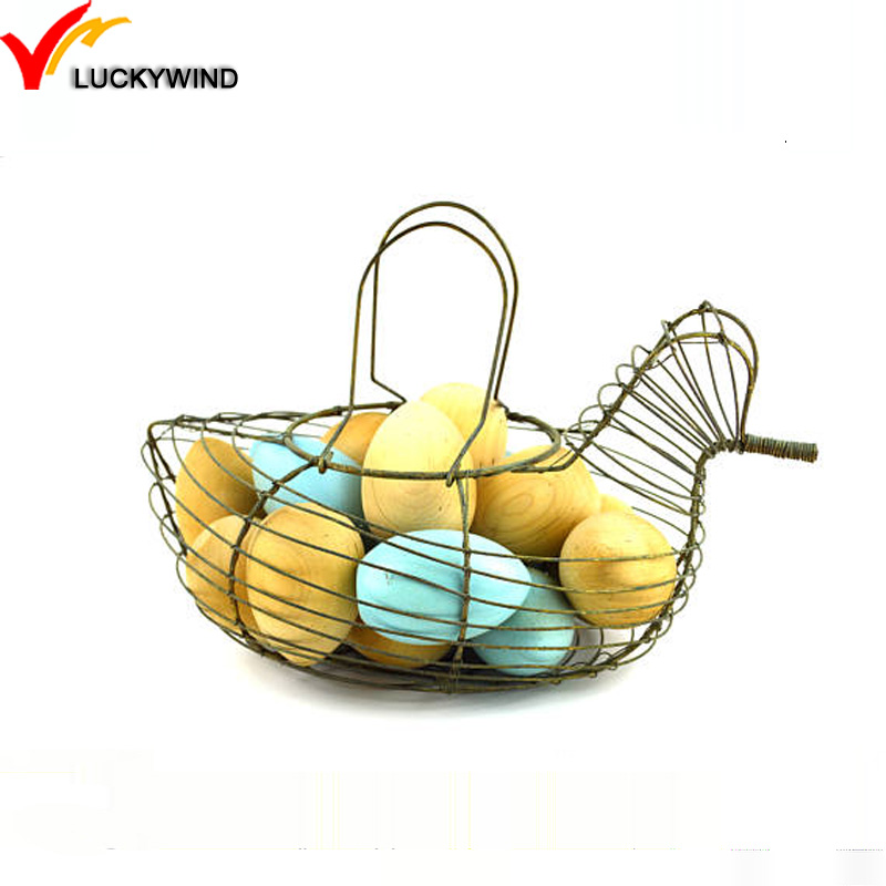 For Gathering Eggs ...poultry.. Friendly Wire Chicken Egg Basket.. Round...black..