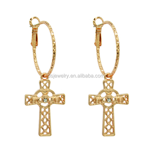 Wholesale Gold Plating Metal Vintage Round Cross Baroque Earrings For Women