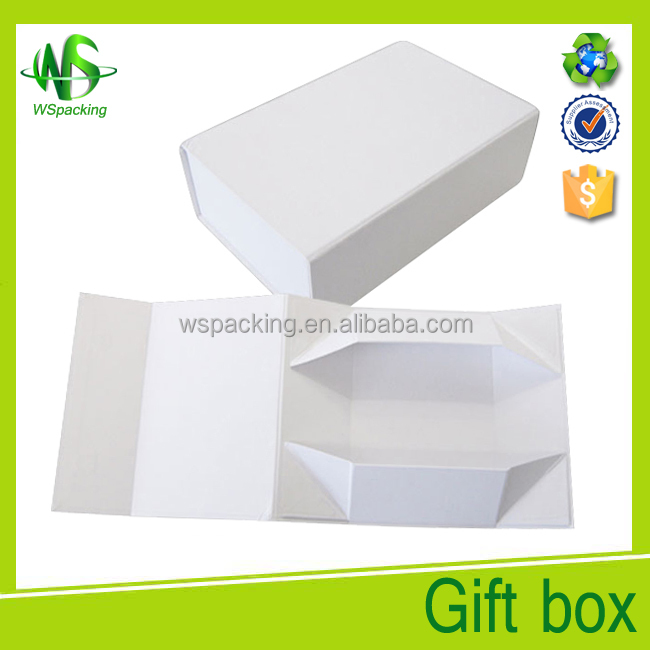 2018 magnetic closure white kraft paper gift box