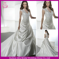 SD1013 cap sleeve lace bodice keyhole back lace wedding gown covered back wedding dresses