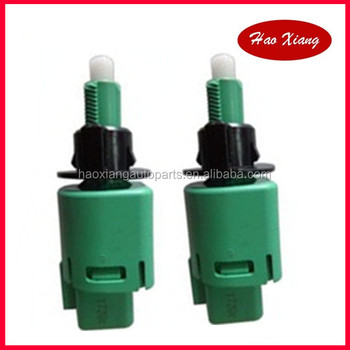Stop Lamp Switch Assy For 84340 69075