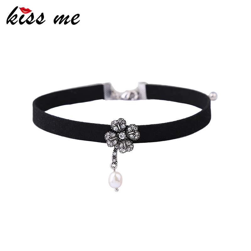xl02115c Sample Clover Charm Imitation Pearl Choker For Girls
