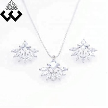 Brand New Unique Cubic Zirconia Fashion Pendant Earrings Jewelry Set For Bridal Women