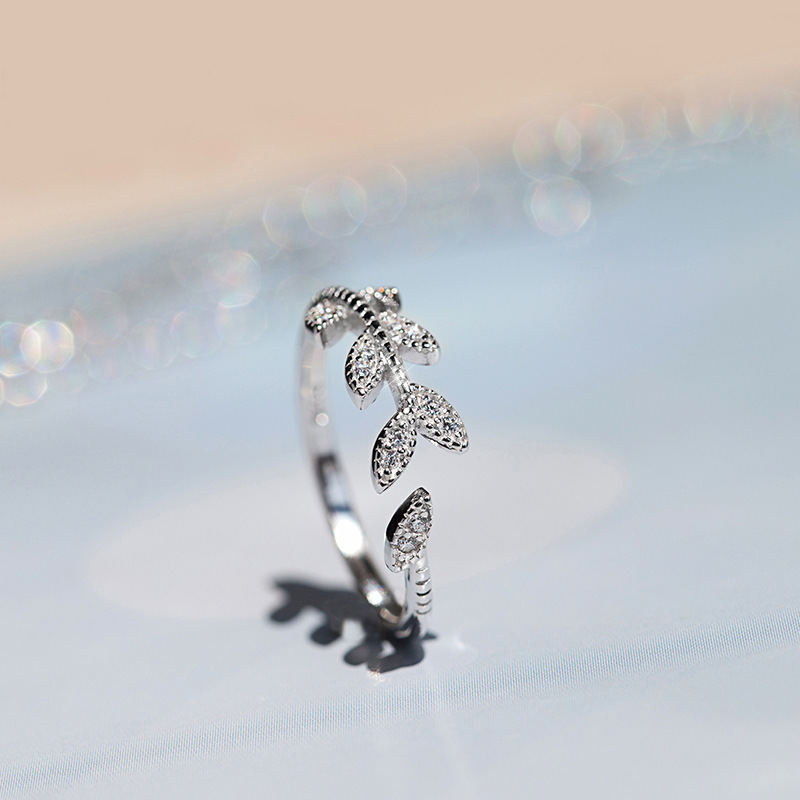 925 sterling silver open crystal leaf ring
