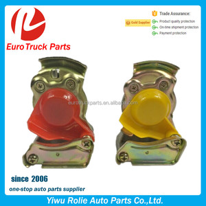 OEM 9522000220 0004297930 Heavy Duty European Truck Pipe MB Actors Truck Air Fitting