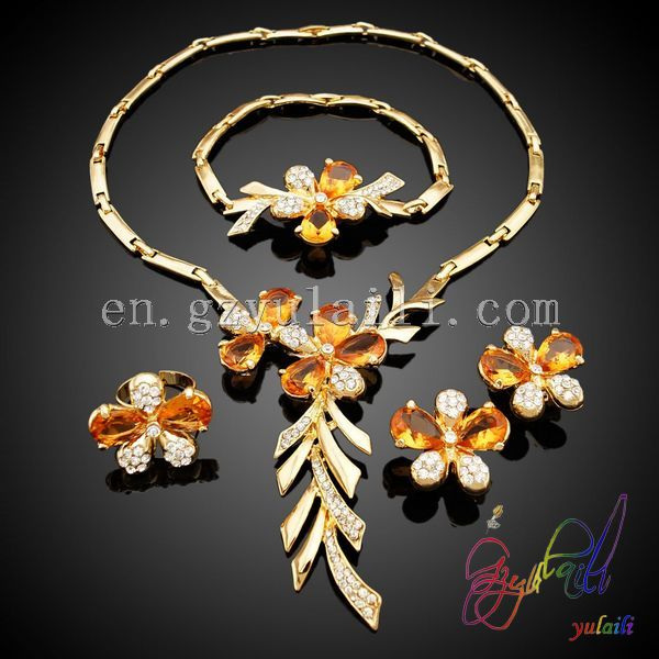 Yulaili wholesale women jewelry set sweety flower design full set bridal jewelry Italian style jewelry set