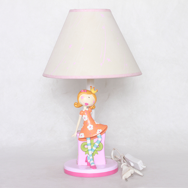 Factory wholesale cute table lamp reading LED lamp with girl figurine base