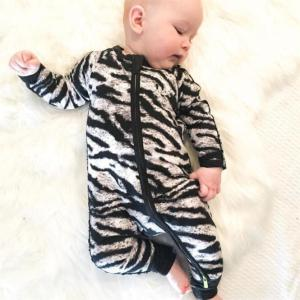 Wholesale cotton oem customized baby grows jumpsuit romper with zip