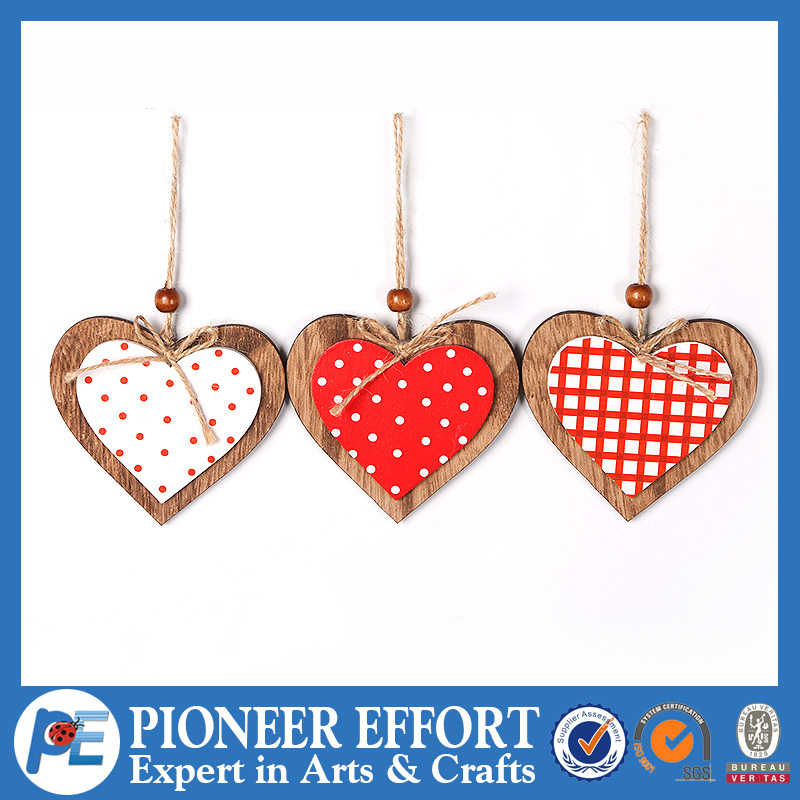 Wooden heart hanging ornament for wall decoration