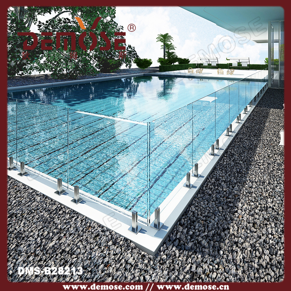Retractable pool fence tempered glass railing for outdoor