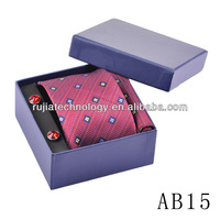 red checkered 100%silk necktie jarquard skinywith hanky in gift set