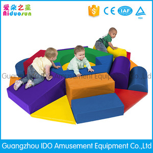 Hot selling indoor playground toys family entertainment center equipment