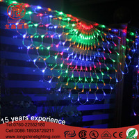 Wholesale LED red and green Large Christmas triangle net lights for decorate ceiling