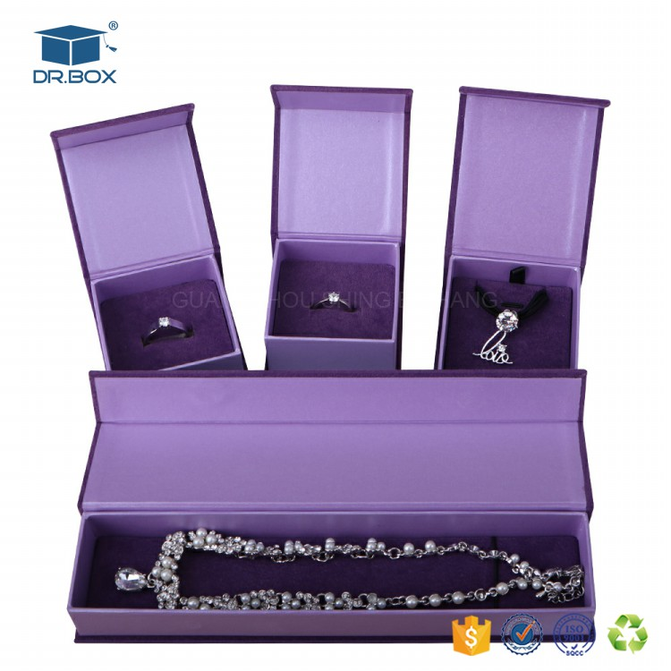 Fashion luxury antique custom made logo printed velvet paper jewelry box for ring necklace bracelet set earring boxes wholesale