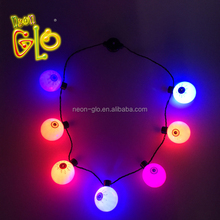 Nouvelle Conception <span class=keywords><strong>Halloween</strong></span> Clignotant LED Globe Oculaire Collier