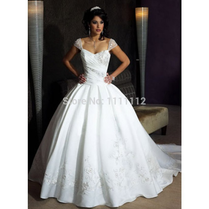 Empire Ball Gown Wedding Dresses: Short Sleeves A Line Ball Gown Princess Crystal/ Ruched