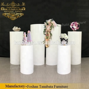 Event design white wedding display acrylic round plinth