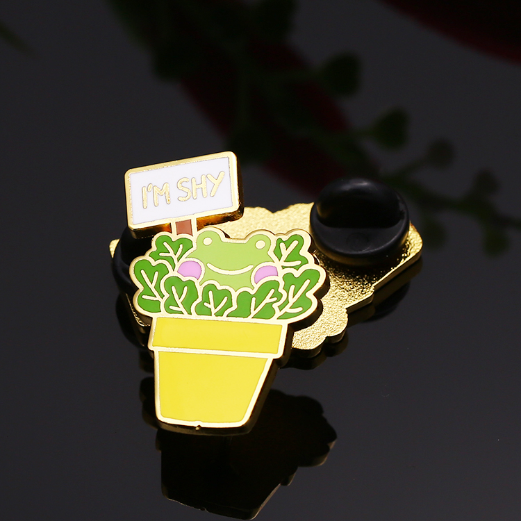 Decorative best quality custom frog Mimosa animal hard enamel pins for wholesale