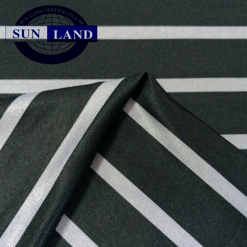 Hight weight fabric 100% polyester brushed polar fleece fabric for autumn winter heat insulation clothing