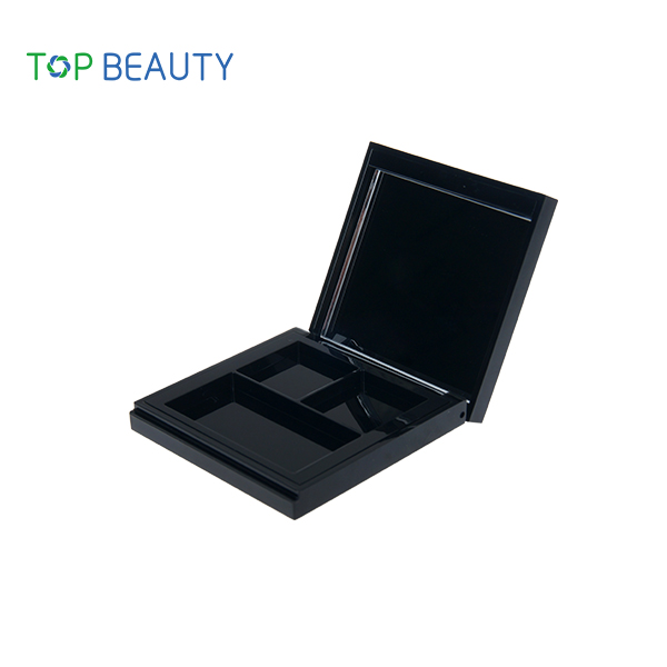 TS4F05C High quality Magnet 3 well eyeshadow packaging