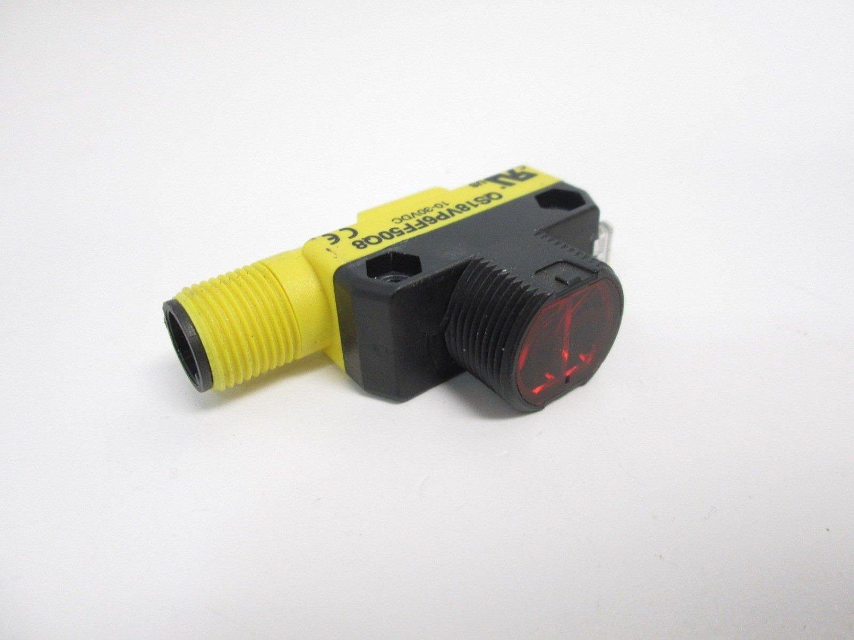 Banner QS18VP6FF50Q8 WORLD-BEAM Photoelectric Sensor, 50mm Range, 10-30VDC, Comp