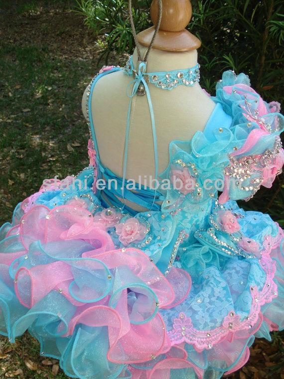 Tres Anos Presentacion Dresses