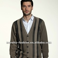 Men's long sleeve cardigan with 6 buttons
