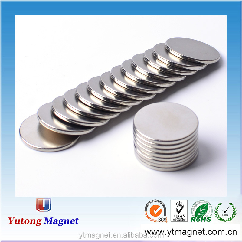 "Flexible Magnets 3/4"" Round Disc with Adhesive Backing"